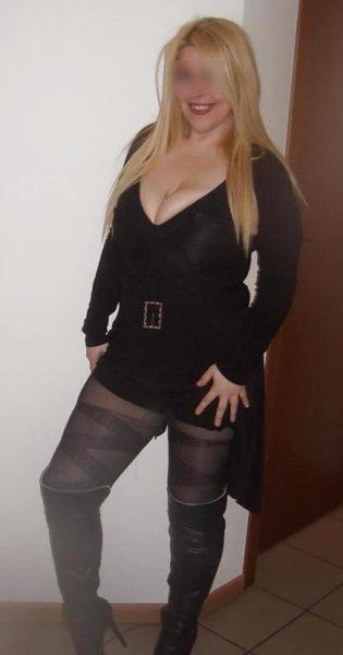 Isabelle, chaude cougar de 45 ans tjs prête pour un bon coup !!!