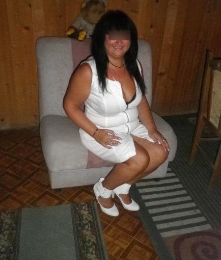Anne, femme de 40 ans cherche une bonne éclate sexuelle