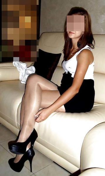 Diane, jolie brunette de 44 ans, bien conservée, prête pour tomber amoureuse