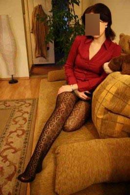 Femme divorcée recherche jeune homme pour des moments coquins