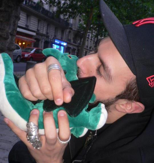 JH cherche cougar sur Paris