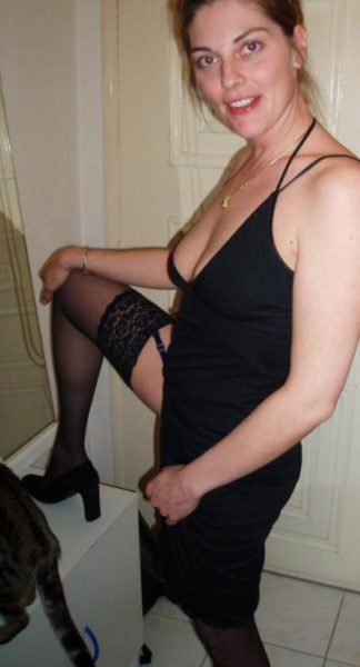 Samantha, 37 ans, j'ai envie de coucher avec un autre