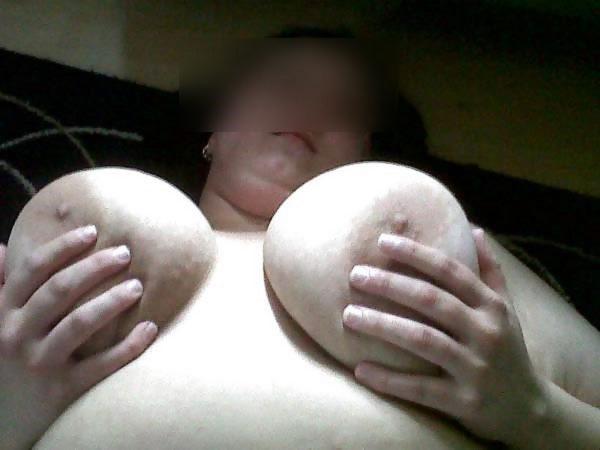 Ronde et sexy cherche plan cul discret