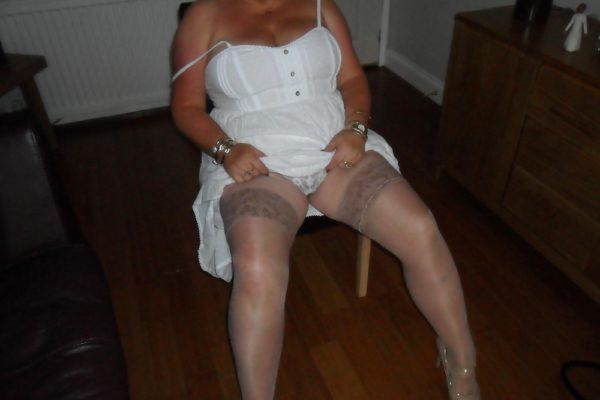 Femme au foyer en quête de relation adultère sur Marseille et sa région