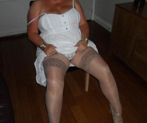 Femme mariée recherche jeune amant discret