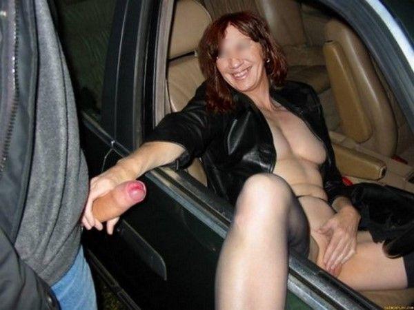 Elle veut se faire baiser par tous les routiers de France !