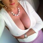Milf blonde cherche h - relation basée sur le sexe