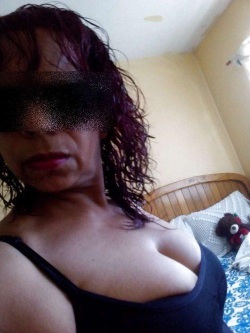 Annonce d'une femme mature infidèle baise chez toi à Toulon